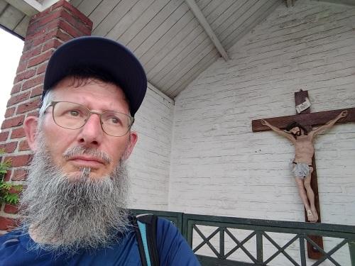 Pelgrimspad ELL selfie met crucifix